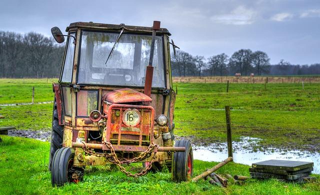 ¿Cómo pintar maquinaria agrícola?